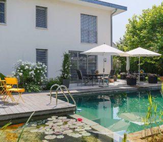 Terrasse am Schwimmteich