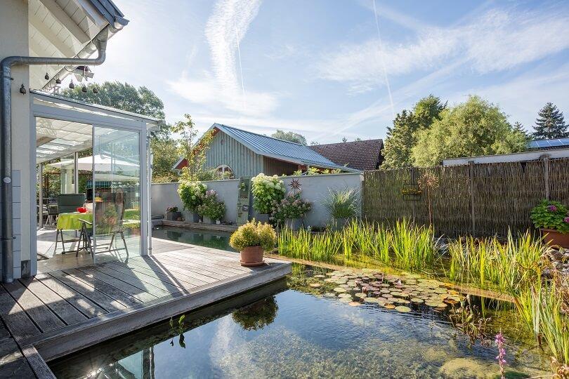 terrassenteich kreativ und modern gestalten mit galanet. Black Bedroom Furniture Sets. Home Design Ideas