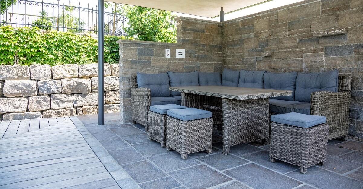sichtschutz f r ihre terrasse gestaltungsideen von galanet. Black Bedroom Furniture Sets. Home Design Ideas